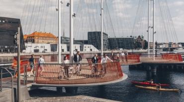 Copenhagen-Circle-Bridge-people-walking-biking-large